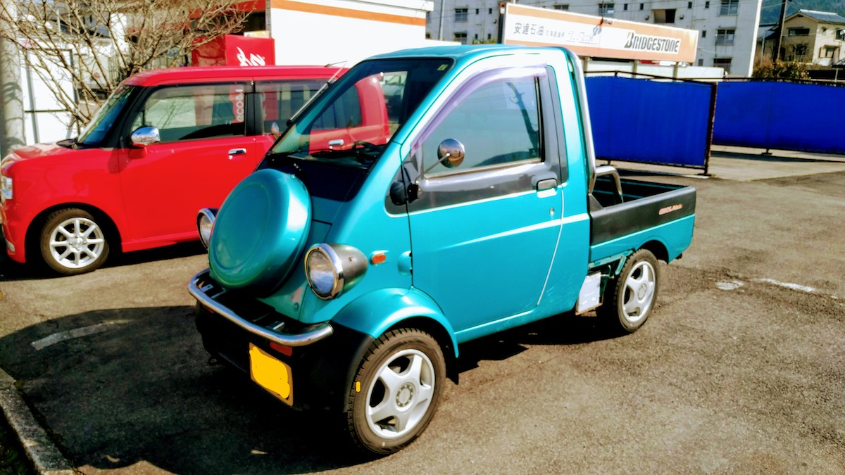 """Japan's Best """"Kei-cars"""" or """"Light-weight"""" Automobiles"""